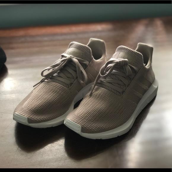 a3b4d9832 adidas Shoes - Women s Adidas Swift Run Casual Sneakers Size 9